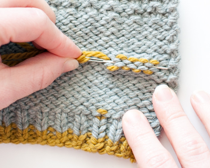 Knitting Ending Up With Extra Stitches : Weaving Ends On Reversible Knits Carina Spencer